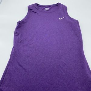✅ 3 for $15✅ Nike fit dry purple tank top